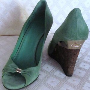 GUCCI AUTHENTIC SUEDE WEDGE SHOES